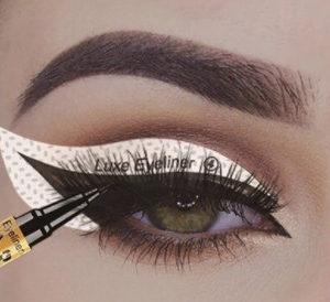 Idealnie wyprofilowane samoprzylepne naklejki do eyelinera, szablony do eyelinera, szablony eyeliner
